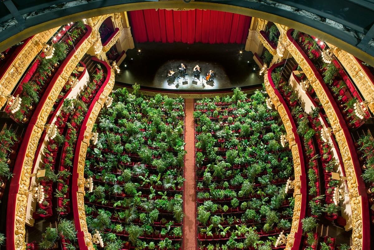 Eugenio Ampudia. Concierto para el Bioceno, 2020. Gran Teatre del Liceu, Barcelona. Cortesía del artista