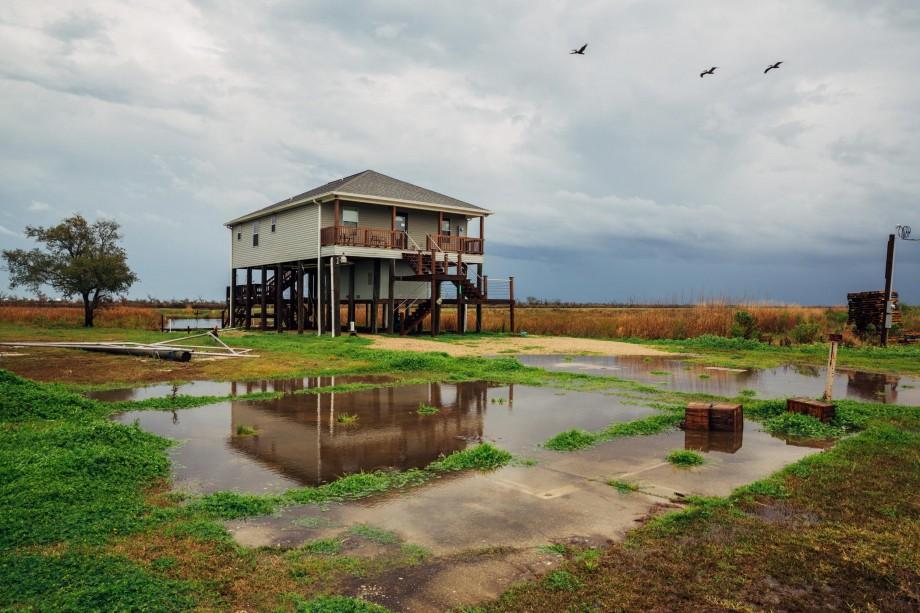 Fig. 11: Casa sobre pilares post-Katrina, Hopedale, LA 2015.