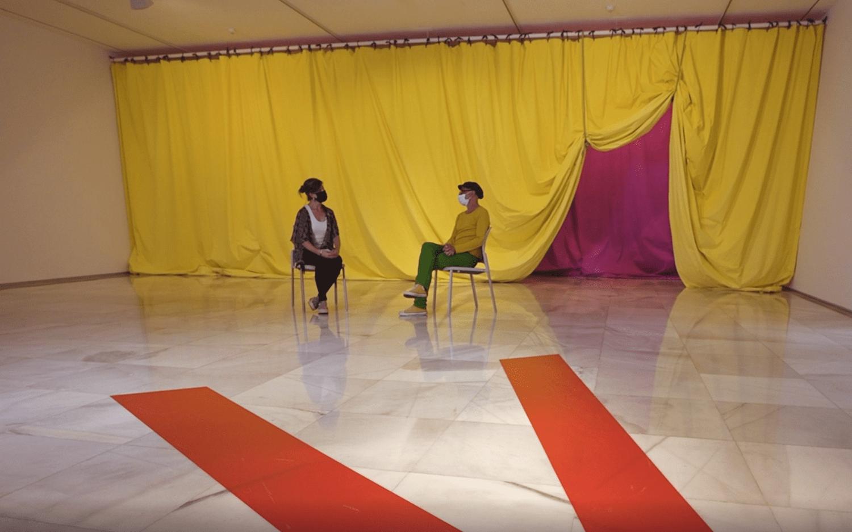 Entrevista a Gabriel Hernández, comisario de la exposición DANCE?, por Nora Navarro, periodista culltural