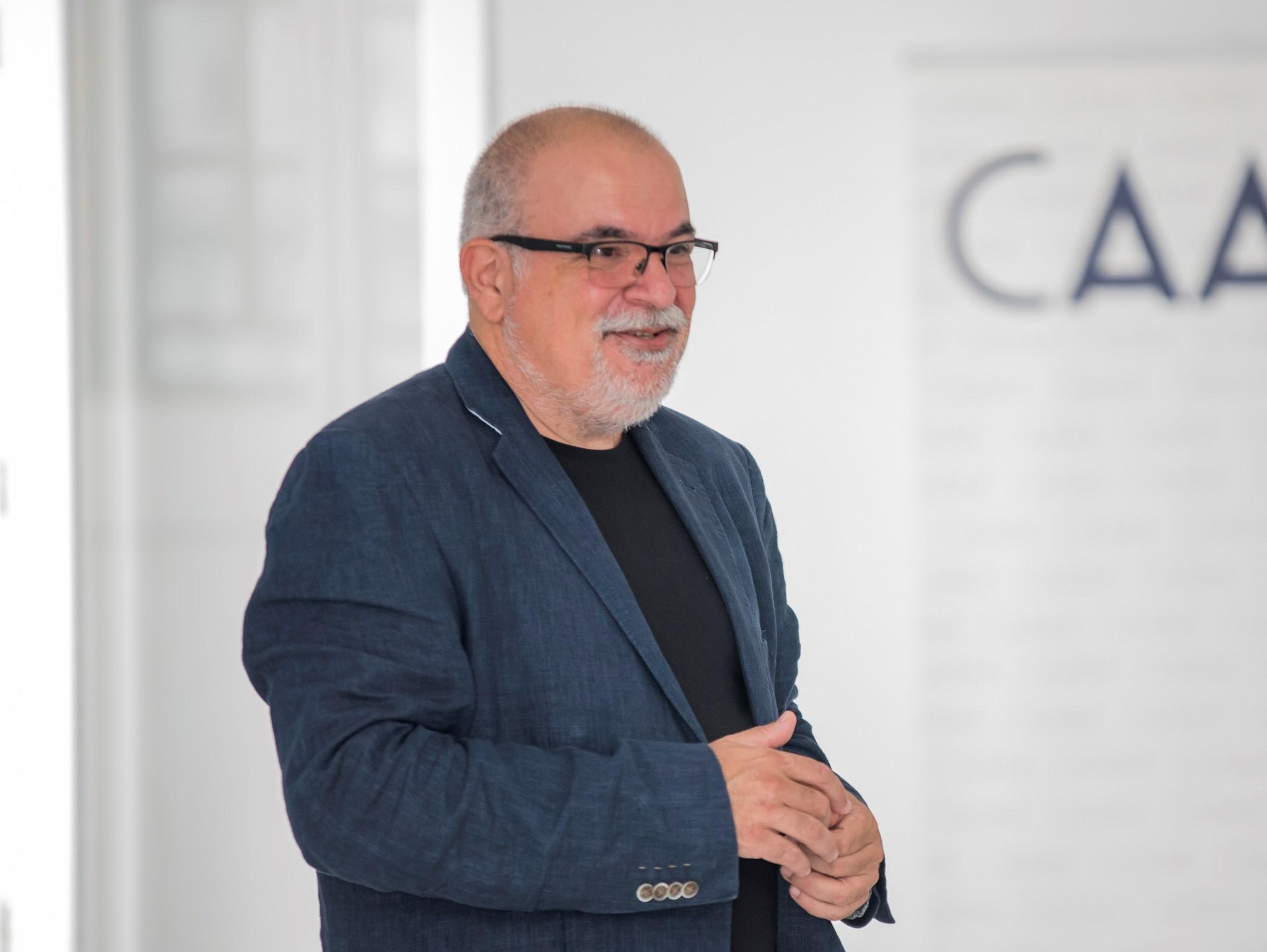 Foto de Orlando Britto Jinorio, director del CAAM
