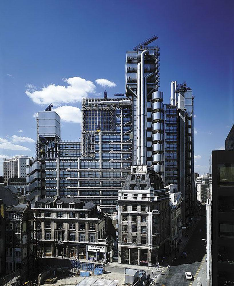 Richard Rogers, Lloyd Headquarters, London, 1978-1986.